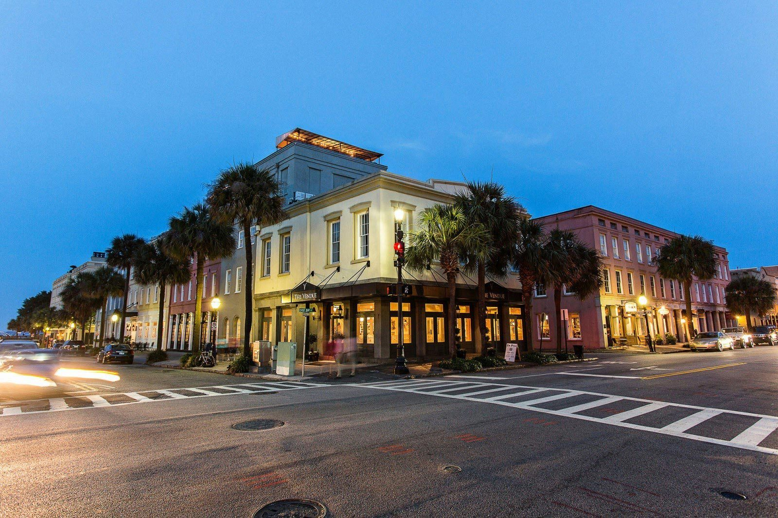 the-vendue-charleston-art-hotel-exterior