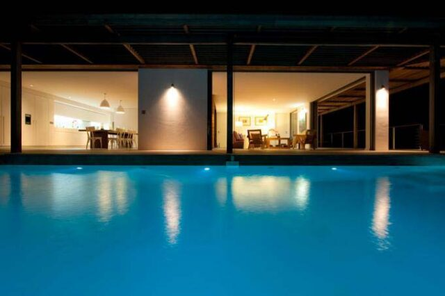 st-barth-exclusive-villa-casa-tigre-patio-night-pool