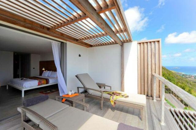 st-barth-exclusive-villa-casa-tigre-patio-sunbed-2