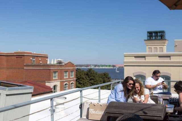 the-rooftop-bar-the-vendue-charleston-view-2