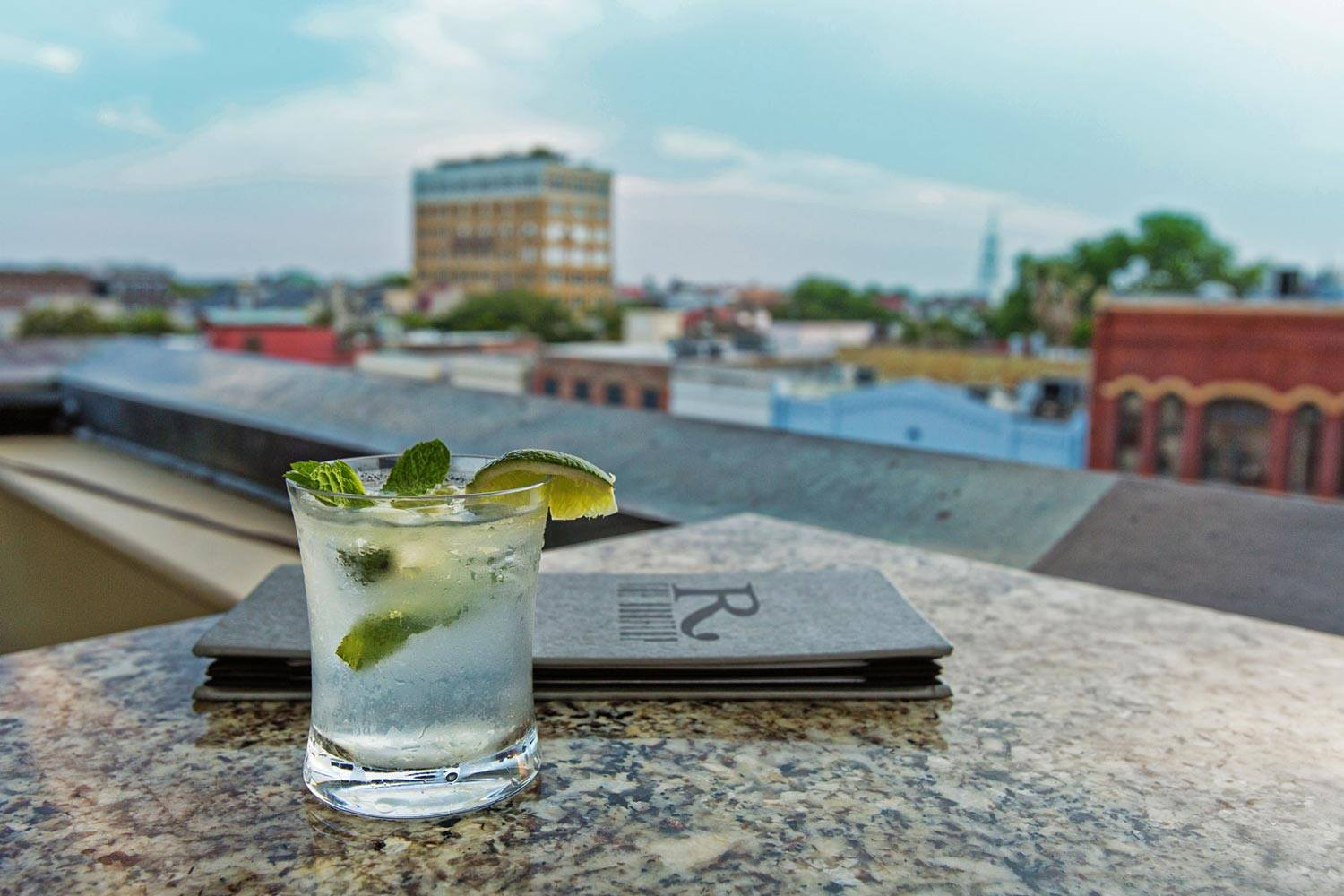 the-vendue-charleston-art-hotel-the-rooftop-9